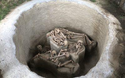Výstavba repliky obetnej jamy v Nižnej Myšli