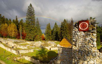 Rekonštrukcia drevenej terasy reštaurácie Kláštorisko NP Slovenský raj