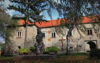 Vodný a cyklistický oddychový bod pri kaštieli v Borši