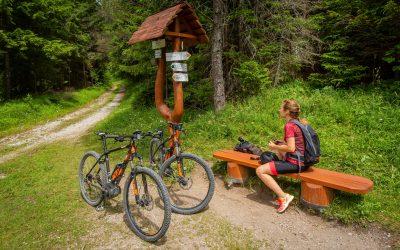 Bicyklom k pamiatkam